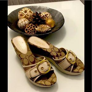 SOLD 💖 Authentic Coach Sandals- Size 7.5 💖